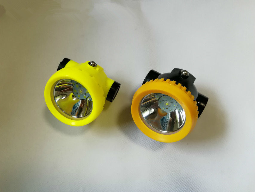 Mini Cordless LED Miners Lamp Mining Headlamp With Charger 2200MA KL2.2LM