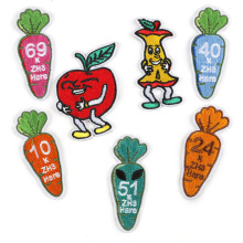 50pcs Wholesale Cartoon Embroidered Patch Sew On Iron Carrot Patches for Jeans Coats Pants Bag Shoes hats Sticker Badge