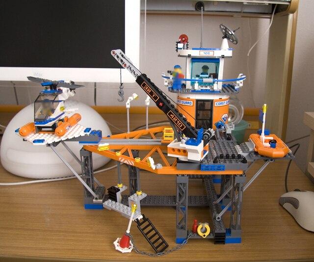492pcs Lepin 02070 Compatible with Lego 4210 City Deep Sea Drilling Coast Guard Boat Helicopter Building Blocks PLATFORM Bricks 4