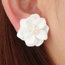 Buy white flower earrings and get free shipping on aliexpress huatang trendy big flower stud earrings white flower earring for women piercing earrings brincos earring jewelry mightylinksfo