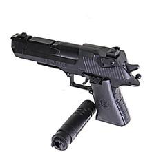 DIY building blocks toys weapon Desert Eagle and BERETTA Revolver wtih bullet plastic pistol model for children's boys