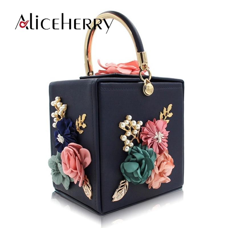 Luxury Designer handbags High Quality Box Flower Clutches Purse Women Wedding Purses Pearl Party Bag Fashion Ladies Evening Bag