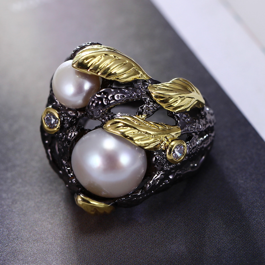 Gorgeous 100% Handmade jewelry Pearl Luxury Cocktail party Black golden rings Very detail pattern Leaf shape Vintage Black ring pearl detail hollow panel dress