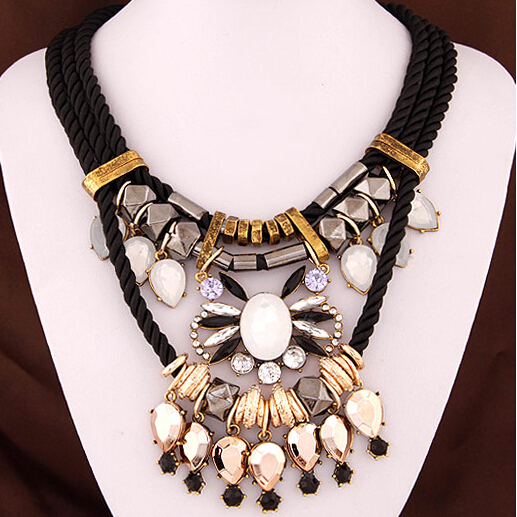 NANBNBO SPX5836 Fashion Amazing Crystal Bead Big Fashion Flower Bohemian Statement Maxi  Bib Leather Necklaces For Women