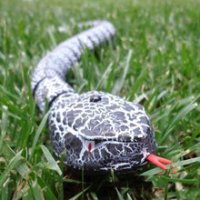 Funny Novelty Remote Control RC Rattle Snake Animal Christma Gift Terrifying Toy #52076