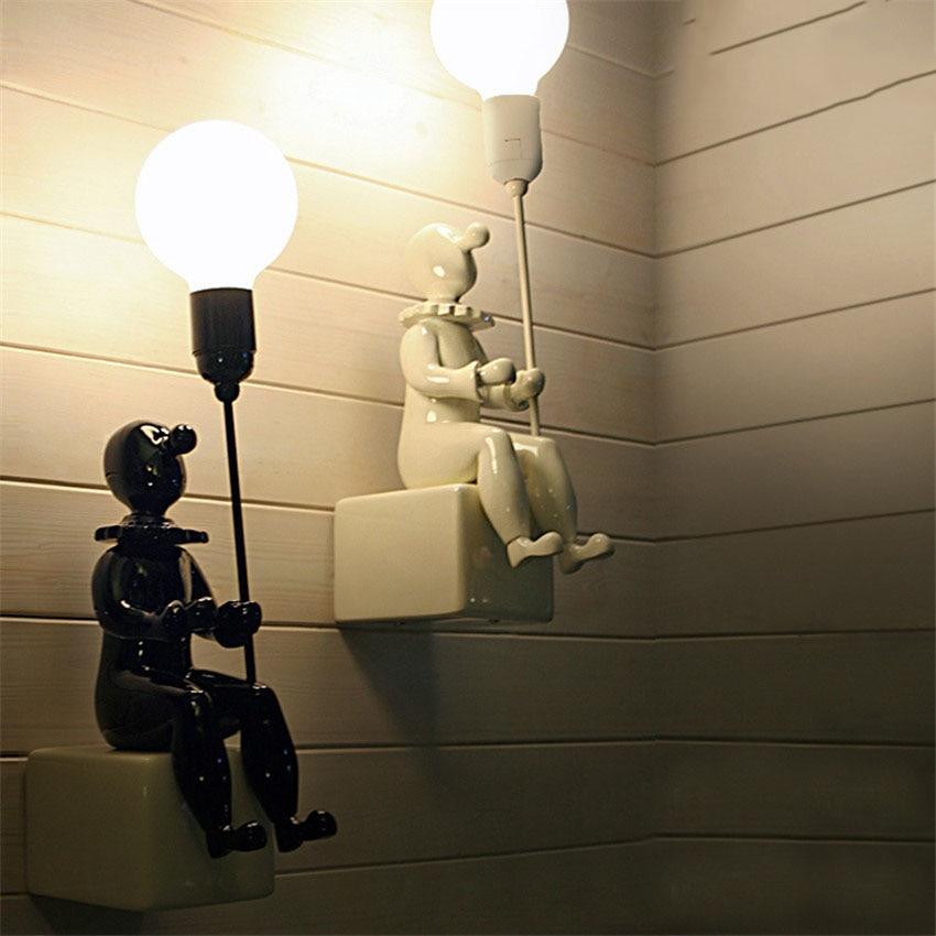 купить Modern Creative Clown Led Wall Lamp Loft Style Resin Ceramics Cartoon Wall Lights Children Room Living room for Home Lighting по цене 4187.05 рублей