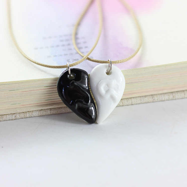Birthday Present Couple Broken Heart Necklace A Pair Of Creative Collarbone Simple Ceramic Pendant