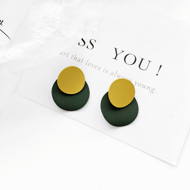 Geometrical irregular earrings elegant Circular earrings and collars Temperament