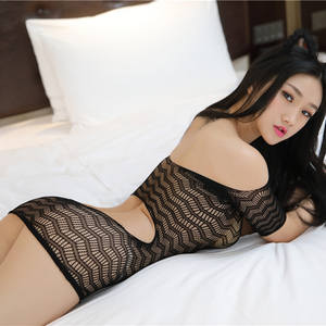 busty lingerie modell sehen, durch