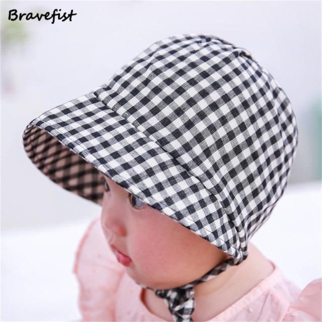 c4017e5890a Retail Baby Girls Bucket Hats Fashion Plaid Summer Outdoor Kids Flat Top Boonie  Caps Children Accessories Newborn Princess Hat