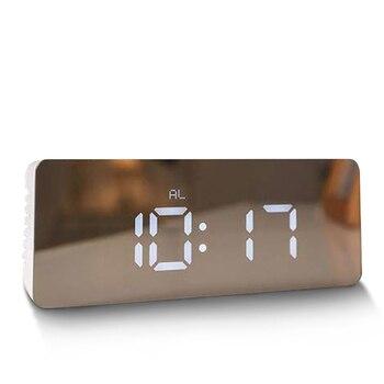 9efab05ed102 Reloj despertador de proyección de Radio FM Mpow HM353 con doble función de  alarma Snooze con puerto de carga USB 5   pantalla grande temporizador de  sueño