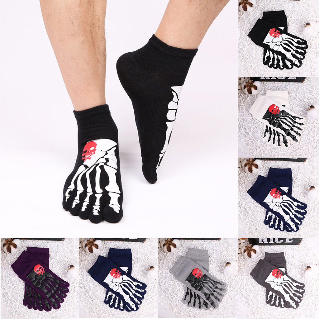 Red rose of skulls and bones Stretch Sports Non-Slid High Ankle Socks for adults