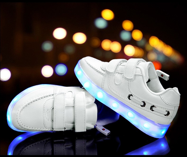 Children shoes with light 17 baby boys girls LED light shoes kids breathable fashion sneakers glowing USB charging shoes 5