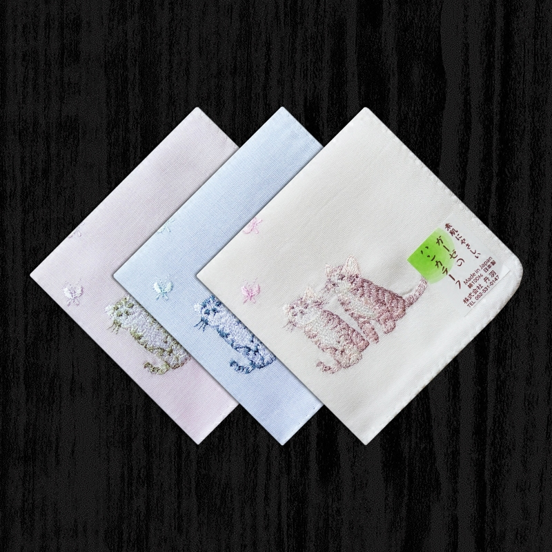 Made In Japan Ms. Embroidery Handkerchief Cotton Sweat Double Soft Cotton Handkerchief Large Scarf Cat Thick Section