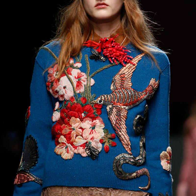 2019 Winter Christmas Runway Women Pullovers Sweaters Luxury Blue Beading Bird Embroidery Vintage Ladies Knitted Jumper Clothes