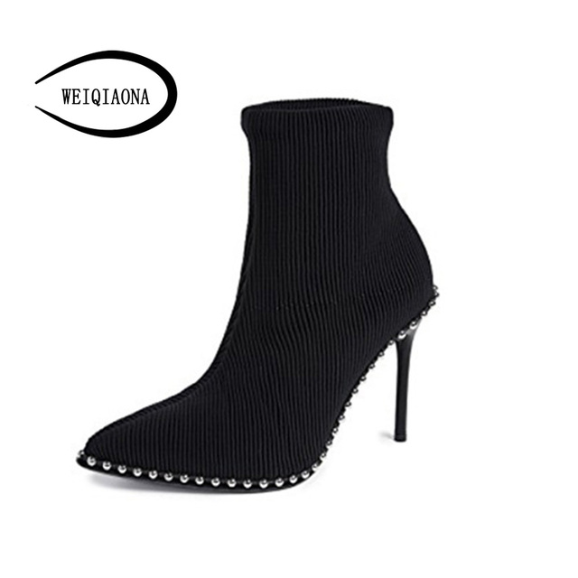 SHUNRUYAN 2018  Brand Design Vintage Rivet Women Shoes Winter Shoes Short Boots High Heels Pointed Toe Party Shoes Ladies Shoes