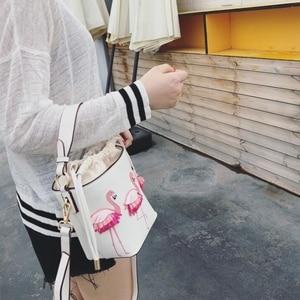 Image 4 - ブランドのファッションショーの女性のバッグ pu leaather 女性フラミンゴバケットバッグ女性のショルダーバッグデザイナーハンドバッグ XS 92