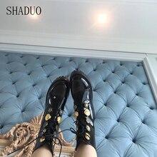 Г. Женские ботинки из лакированной кожи в европейском и американском стиле ботильоны на молнии и шнуровке женская обувь с золотым значком