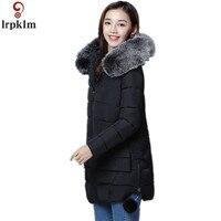 الشتاء السيدات أسفل دثار 2018 جديد حجم كبير مقنع فقرة طويلة معطف الفراء طوق كبير السيدة أسفل الملابس القطنية LZ680