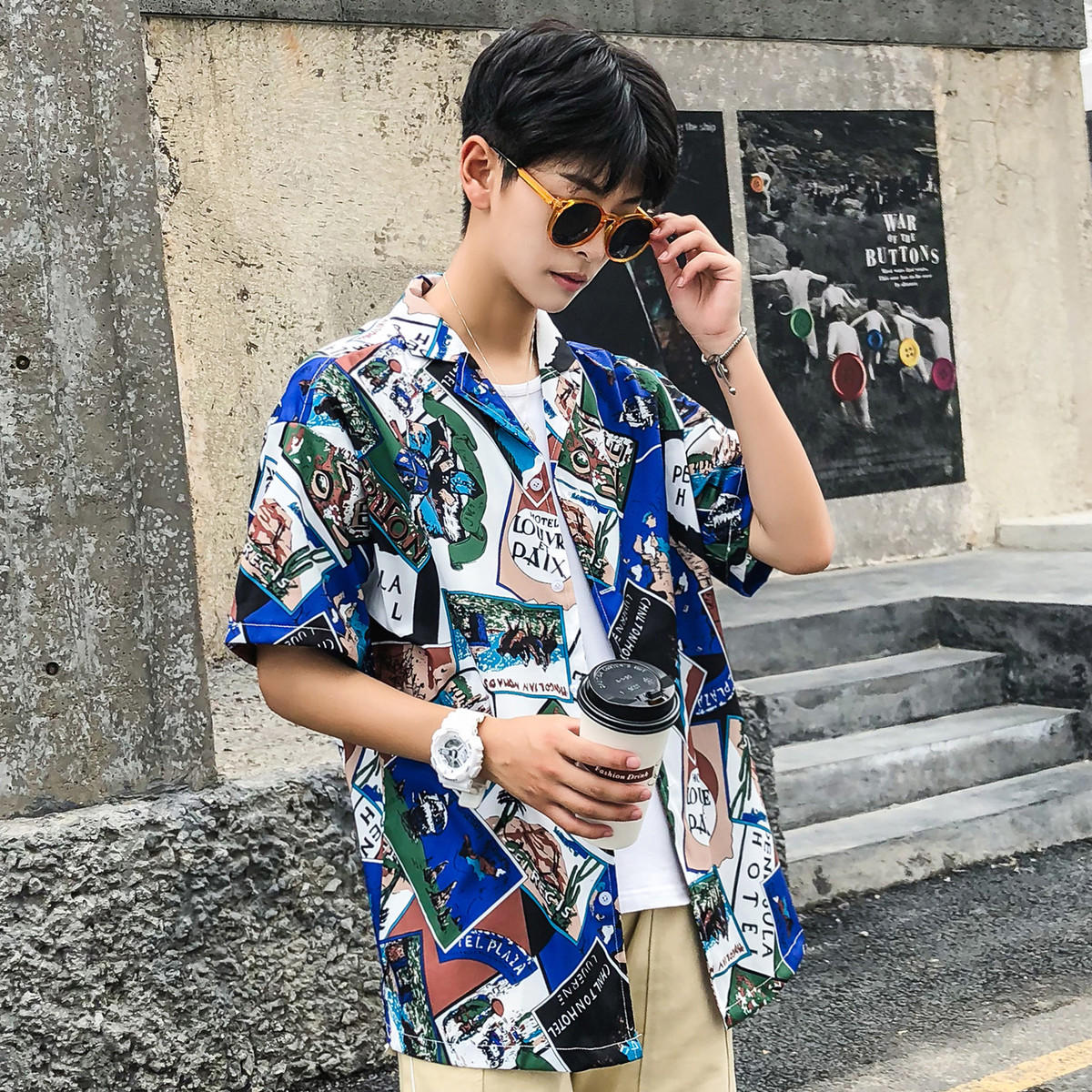 Casual Funny Cartoon Lapel Slim Thin Short Sleeve Beach Men Hawaiian Shirt 2018 Summer Flower Chiffon Male Fashion Loose Shirts