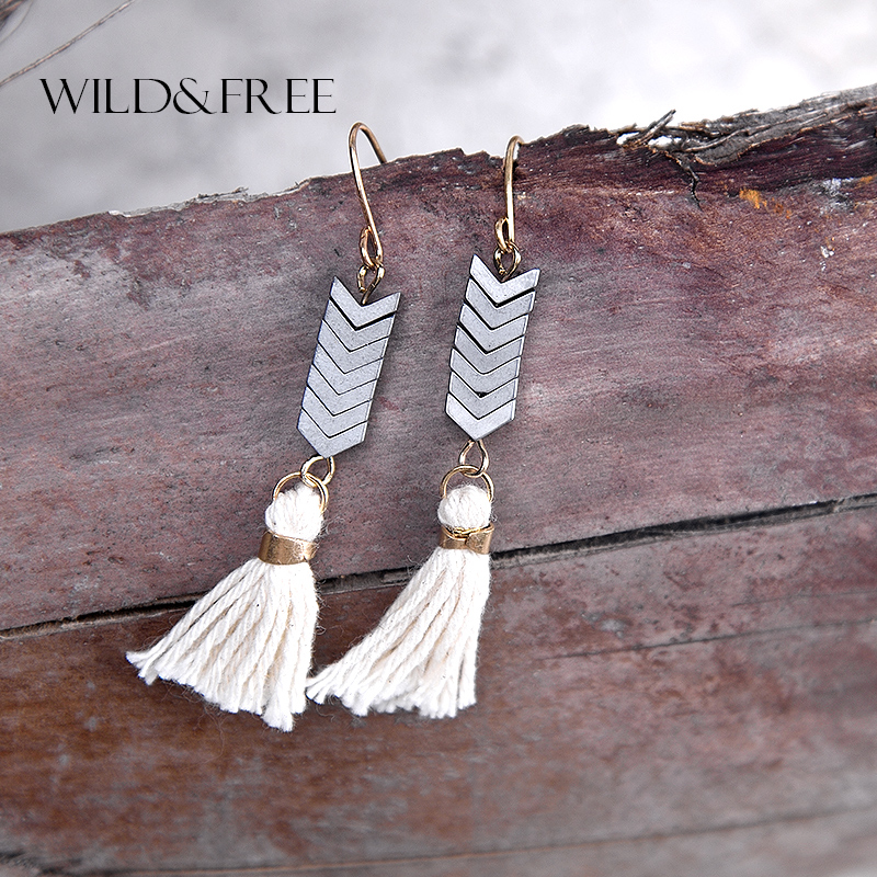 WILD & FREE Women Ethnic Beige Tassel Natural Stone Dangle Earrings Vintage Gold Hook Handmade Drop Earrings Jewelry for Women