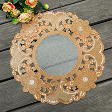 Round 38cm European Retro Simple Fabric Hollow Embroidery Placemat Vase Modern Jewelry Pad Dust Cover Towel Coffee Cup Table Mat
