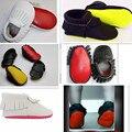 Amarillo Rojo suela de Cuero Genuino zapatos de bebé Mocasines Soft Moccs Zapatos marginales niñas Recién Nacido primer caminante antideslizante Infantil zapatos