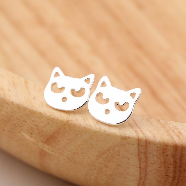 Women Fashion Cute Animal Cat Stud Earrings