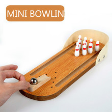 มินิโบว์ลิ่งเด็ก Interactive เกมเดสก์ท็อปโต๊ะไม้เด็กเกมของเล่น Rolling Ball เกมชั้นสำหรับเด็กของขวัญ