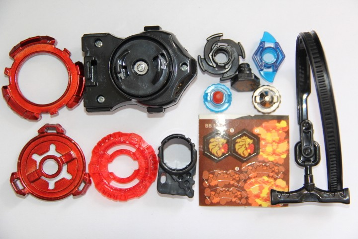 1pcs-Beyblade-Metal-Fusion-Metal-Fang-Leone-W105R2F-Limited-Edition-WBBA-Burning-Claw-Version-Red-Beyblade (4)