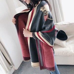 Image 2 - Роскошный брендовый шарф для женщин, модные шарфы и накидки с принтом лошади, толстые теплые кашемировые шарфы, зима 2020, Пашмина, большой шарф