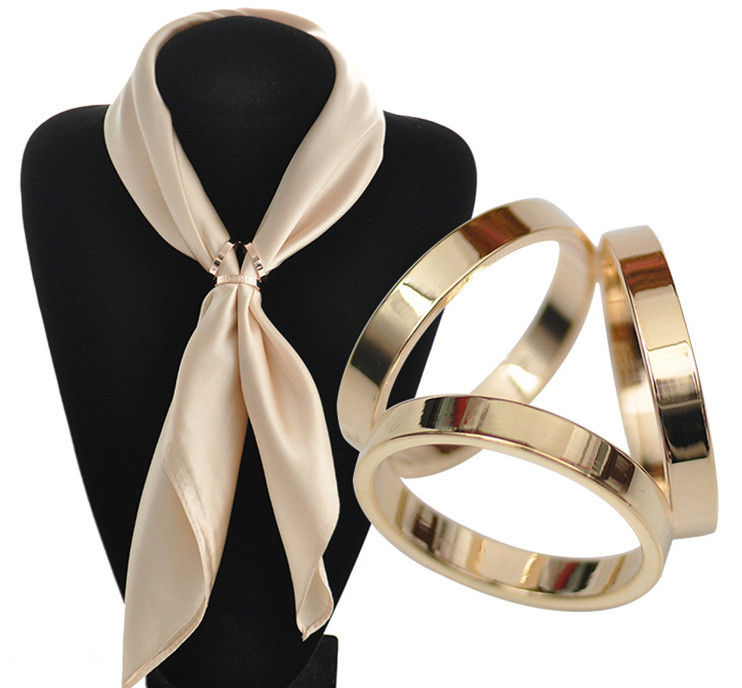 How To Use A Three Ring Scarf Ring