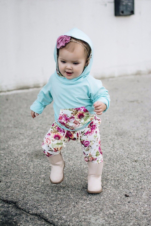 Цветок одежда для маленьких девочек хороши Bebes осень полосатый костюм толстовки с капюшонами Штаны 2 шт.. Комплект одежды одежда бесплатная ...