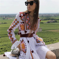 2019 New Autumn Retro Style Ethnic Long Dress Bohemian Embroidery Cotton Maxi Dress V neck Loose Vintage Dress Chic Vestidos