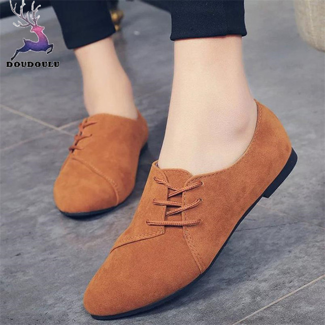 3b7d44de059f Women Lace Up Flat Shoes Head Shoes Low To Help Flat Bottom Casual Shoes  Woman zapatos mujer 2018 New Black Red Begie Bowrn