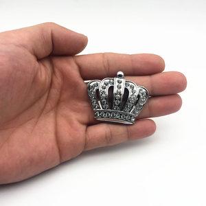 Image 5 - Стайлинг автомобиля металлическая Золотая Корона эмблема наклейка с Стразы автомобильный значок наклейка стикеры аксессуары маленький размер