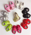 2016 New PU Soft Tassel Baby Moccasins sequins bling Girls Moccs Baby Shoes fringe Bow Mocs infant indoor shoes first walkers