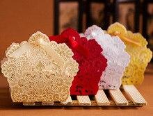 Boîtes à bonbons découpées au Laser, rouge/blanc/or, pour mariage, cadeaux et faveurs de mariage, 100 pièces