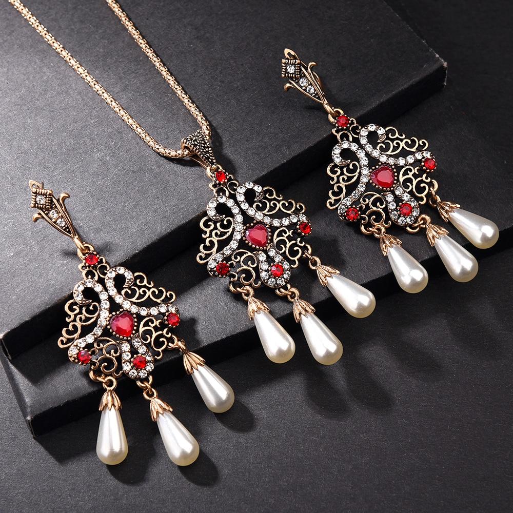 Sparkling diamanté twist design adjustable choker necklace and earring set 732