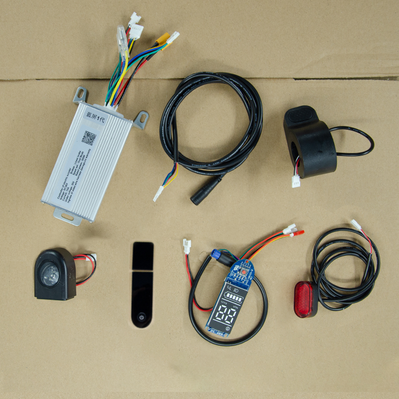 For FOSTON Xplay 8.5 Inch Electric Scooter Board Controller 36V 350W Scooter Controler Accessories Parts