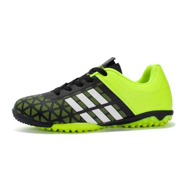 dc9fcdb100c38 Zapatos de los niños zapatillas de fútbol para niños Zapatos de deporte de  fútbol para adolescentes
