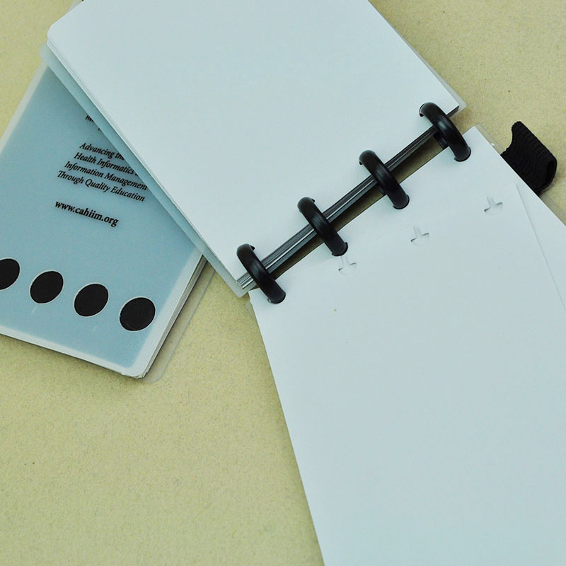 Купить с кэшбэком 50Pcs/Lot Loose Book Binding Disc Black Plastic Round Buckle Circa Roll Mushroom Hole Spira Inner Books Office Supplies