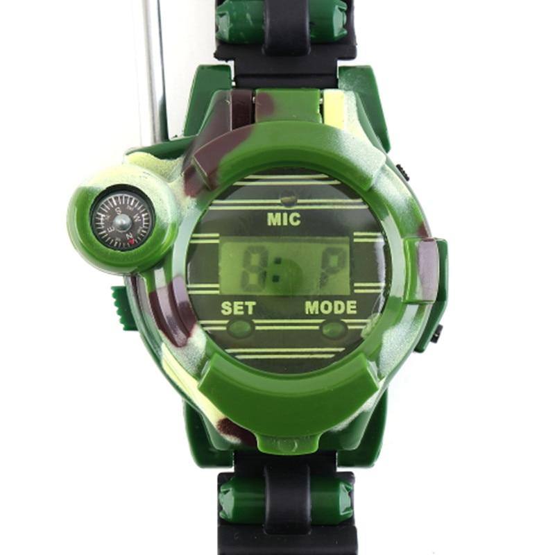 "imágenes para 2 Pieces/pair Portátil 7 en 1 0.8 ""camuflaje Militar LCD Radio de 50 ~ 150 M Relojes Walkie Talkie Luces Mic Para Chirldren"