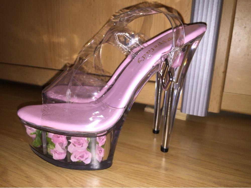 цена 6 inch platform heels low price Flower crystal shoes Fashion transparent romantic rose crystal sandals 15cm high-heeled shoes онлайн в 2017 году