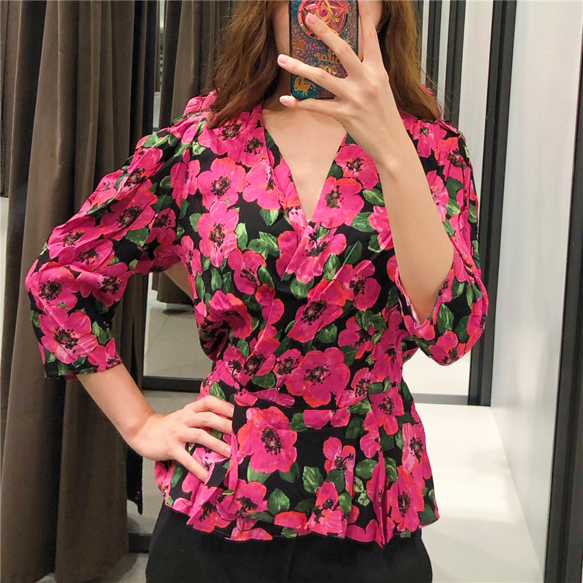 Women Sweet Flower Print Cross Blouse Deep V Neck Three Quarter Sleeve Female Casual Shirts Autumn Chic Tops Blusas
