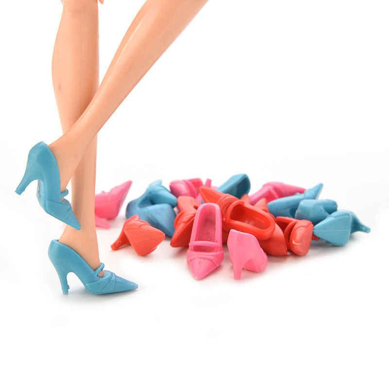 10 pares/set Sapatos Boneca Da Moda Bonito Sapatos Coloridos para a Boneca com Diferentes estilos de Natal Do Brinquedo Do Bebê do Presente Do Ano Novo