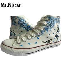 LEO China Art Design Women Hand Painted Canvas Shoes High Top Laces Flowers Birds Graffiti Casual Shoes for Female Girls Student