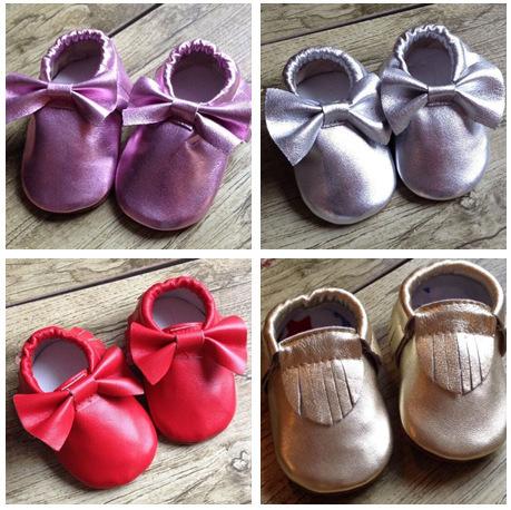 Hot 2016 Genuínos Mocassins De Couro Do Bebê Primeiro Sapato Vermelho Metálico caminhantes Tassle Camurça Sola Macia Arco Sapatos Para Menina Meninos Prewalker