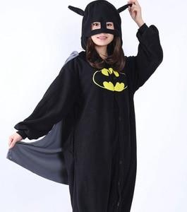 Image 3 - ملابس نوم Kigurumi للكبار مطبوع عليها رسوم كرتونية على شكل باتمان ملابس نوم نيسيي للجنسين ملابس نوم على شكل حيوانات ملابس نوم بدلة نوم للحفلات