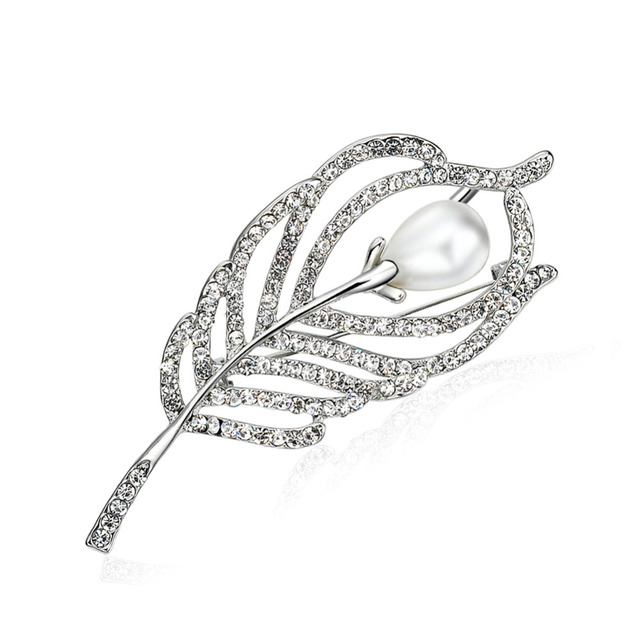 eee291de4c97 Perla broches Pin plata de Color Rhinestones broche para las mujeres  accesorios de ropa elegante diseño